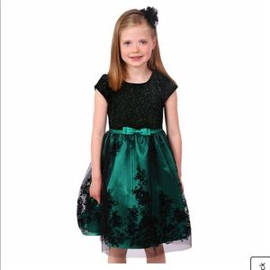 Jona Michelle Green Holiday Dress Size 6 NWT